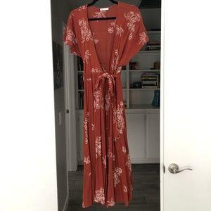 NWOT Mod Ref Rust Midi Wrap Dress Size (S)